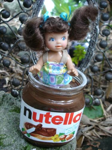 Cartoon: Marcella Nutella (medium) by Vanessa tagged nougat,schokolade,photo,foto