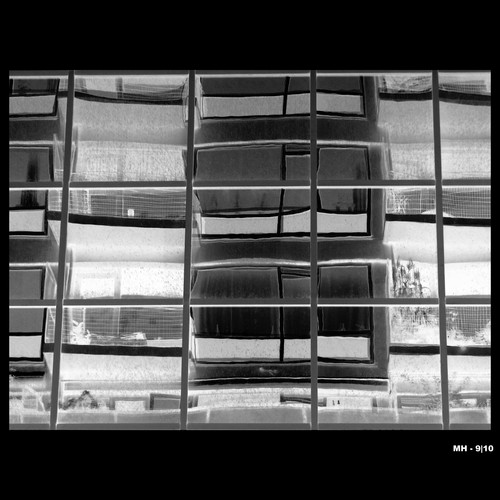 Cartoon: MH - City in Glass VI bw (medium) by MoArt Rotterdam tagged rotterdam,glass,glas,city,stad,glasscity,glazenstad,reflectie,reflection,weerspiegeling