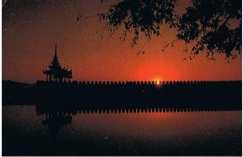 Cartoon: Mandalay Sunset (medium) by RnRicco tagged myanmar,sunset,mandalay,travel,birma,burma,ricco,lake,pagoda,temple