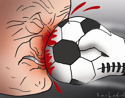 Cartoon: Violance (medium) by Farhad Foroutanian tagged footbal,fussball,fußball,gerechtigkeit,gewalt,boxen,schlagen,prügel,handschuh,nase,blut