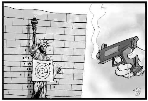 Cartoon: Zielscheibe USA (medium) by Kostas Koufogiorgos tagged karikatur,koufogiorgos,illustration,cartoon,usa,waffen,gewalt,freiheit,statue,miss,liberty,zielscheibe,schuss,karikatur,koufogiorgos,illustration,cartoon,usa,waffen,gewalt,freiheit,statue,miss,liberty,zielscheibe,schuss